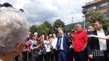 ПЪРВО В ПИК TV: Премиерът Борисов продължава обиколката - инспектира обекти в Сливен с кмета Стефан Радев и Десислава Танева (ОБНОВЕНА/СНИМКИ)