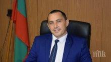 """НОВИ НЕВОЛИ: Байрям Солак съди кмета на """"Северен"""" Ральо Ралев заради паркинг"""