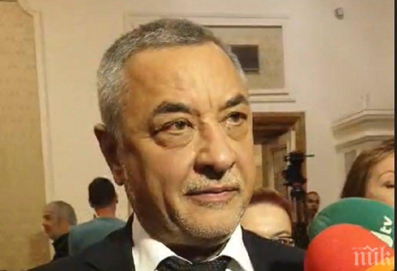 КУЛТОВО ОТ КУЛОАРИТЕ! Валери Симеонов: Не предвиждаме Коалиционен съвет, защото трябва аз да слагам синя каска