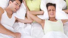 МЕЛОДИЯ НА ГОДИНАТА: Песен с хъркане ни приспива за по-малко от 2 минути