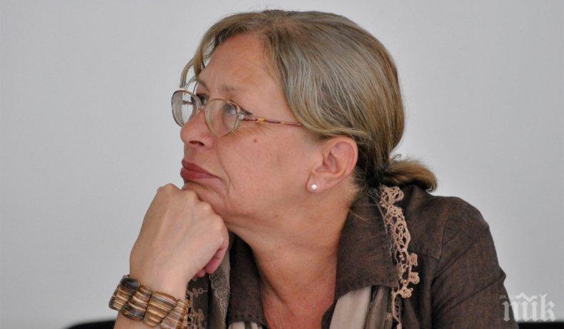 ТЪЖНА ВЕСТ: Почина режисьорът и преподавател доц. Юлия Кънчева