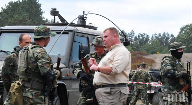 Каракачанов ще наблюдава военното учение в Ново село