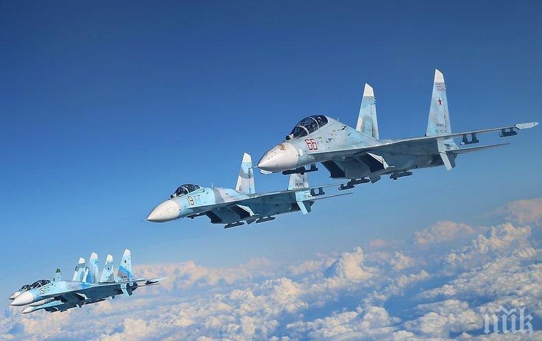 Екшън във въздуха: Изтребители Су-27 прихванаха американски бомбардировачи в Черно и Балтийско море