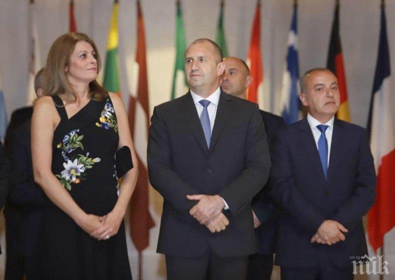 ИМА ЛИ СКАНДАЛ: Президентът Радев зарязан от Десислава на куп визити - първата дама се покри, остави го сам по официални събития