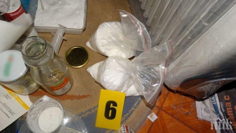 Превенция: Затягат продажбата на вещества, които могат да се използват за направата на бомби