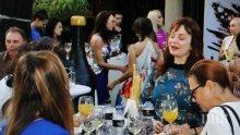 СВЕТСКО ПАДЕНИЕ: Векилска бръмчи с една и съща рокля по партита в София