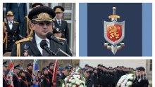 ИЗВЪНРЕДНО В ПИК TV: Младен Маринов повежда полицията на празника й пред паметника на незнайния воин (ОБНОВЕНА/СНИМКИ)