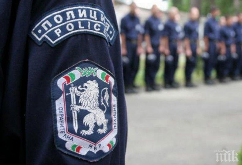 СТРАШЕН УЖАС: МВР спаси самоубиец в Габрово - под моста намериха трупа на детето му