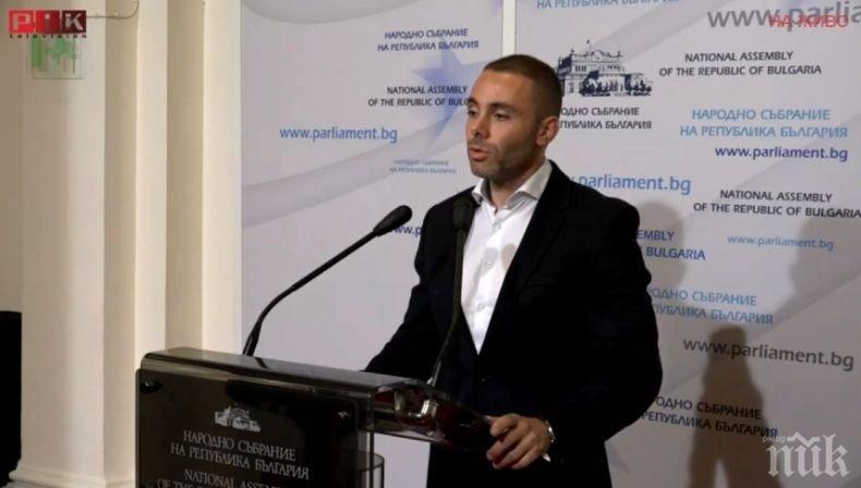 Депутатът Александър Ненков за машинното гласуване: Изборният процес става все по-труден