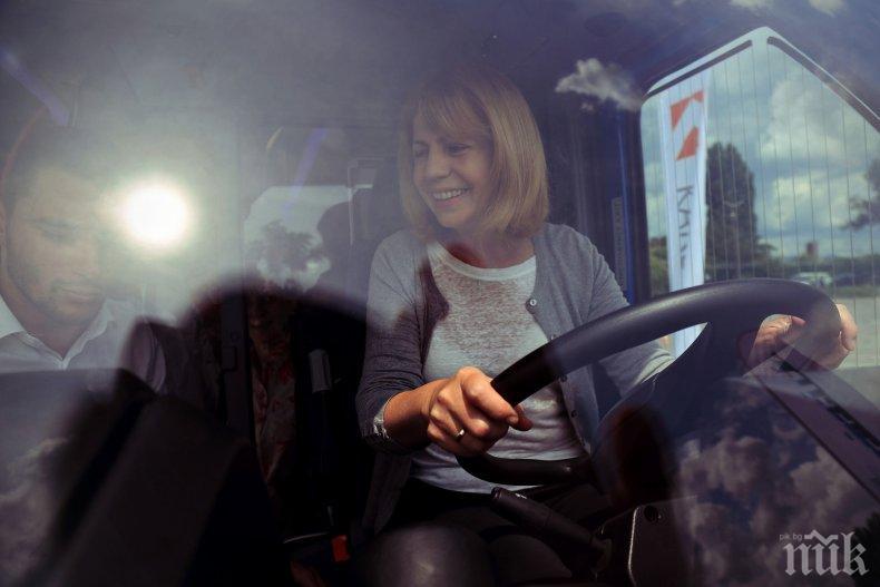 Фандъкова: Разработваме концепция за довеждащ транспорт до метрото (СНИМКИ)