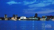 """93 мощни лампи осветяват плажа в """"Слънчев бряг"""" през нощта"""