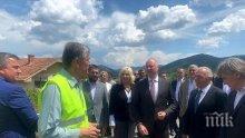 ПРОВЕРКА: Министър Росен Желязков инспектира строежа на магистралата от Ниш до България
