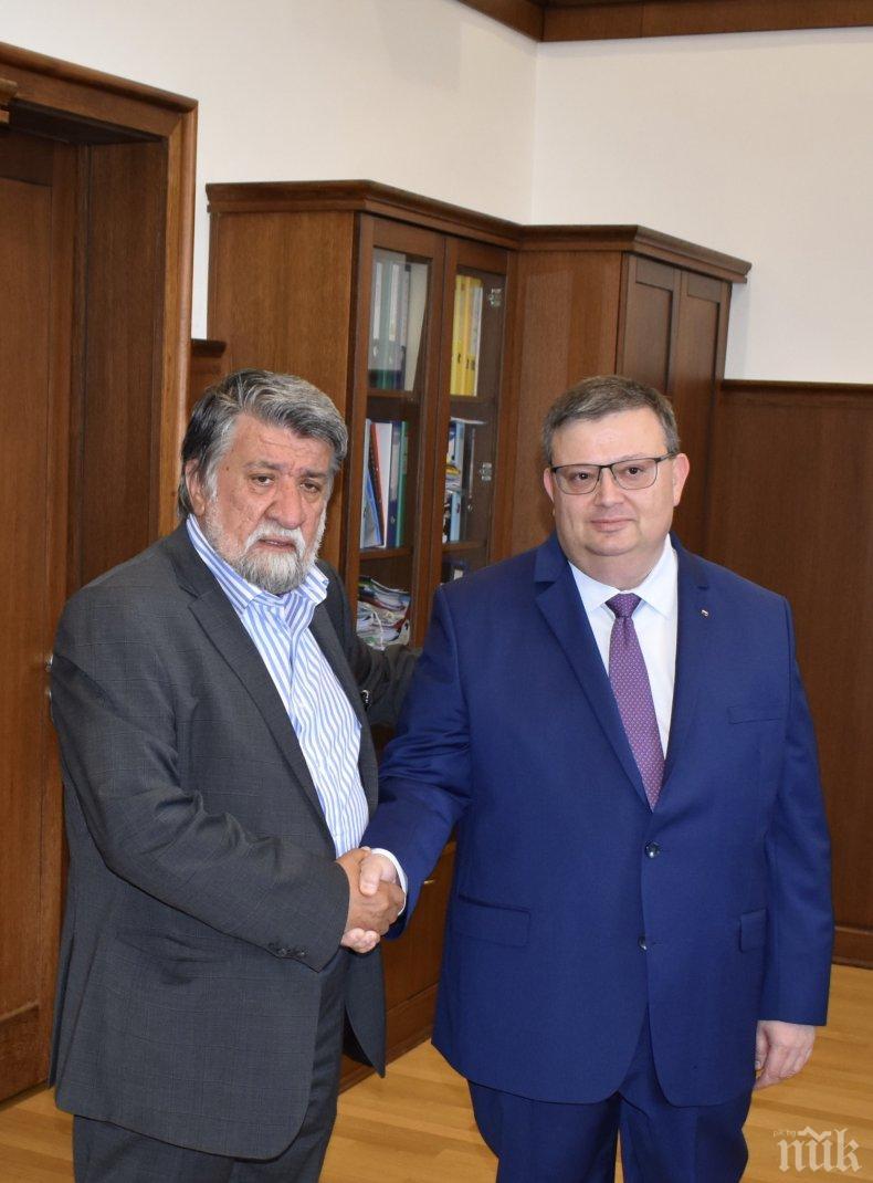 Вежди Рашидов се срещна с главния прокурор