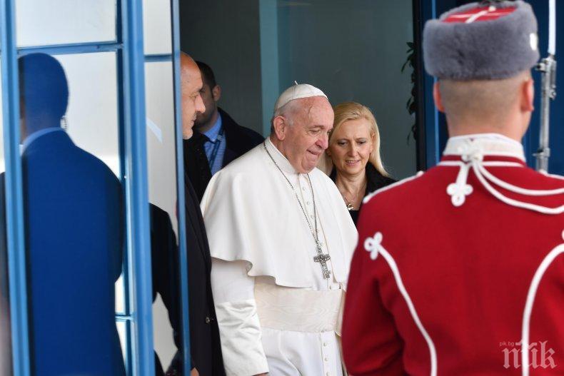 Папа Франциск с писмо до президента на Сирия заради сраженията в Идлиб