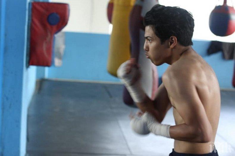 Нова трагедия в бокса! Син на легенда бере душа след усложнения по време на спаринг