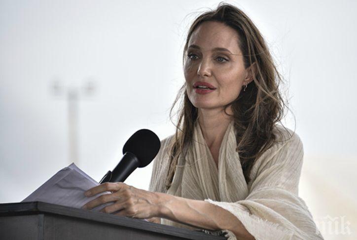 Анджелина Джоли наливала децата си с алкохол