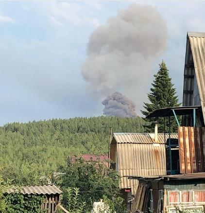 Взрив и пожар във военно поделение в Русия - има ранени