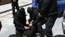 ИЗВЪНРЕДНО: Акция на качулки в Пловдив, има натръшкани на земята