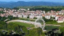 В Сандански правят най-голямото виенско колело в България