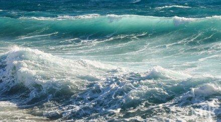 ОТ ПОСЛЕДНИТЕ МИНУТИ: Намериха тялото на удавилото се край Варна 14-годишно момиче