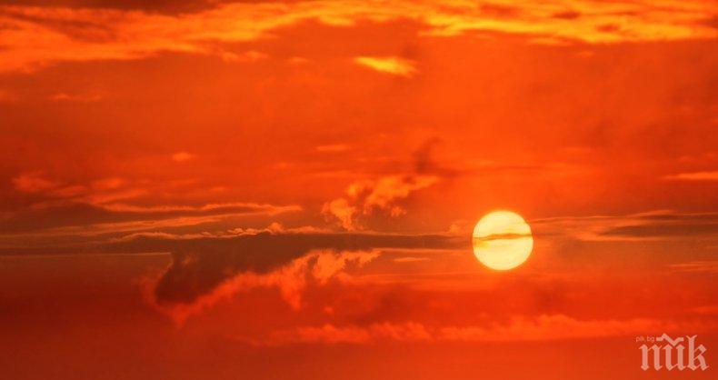 ОПАСНО ВРЕМЕ: Връхлитат ни адски жеги! Обявен е и оранжев код - ето къде днес ще е най-горещо (КАРТА)