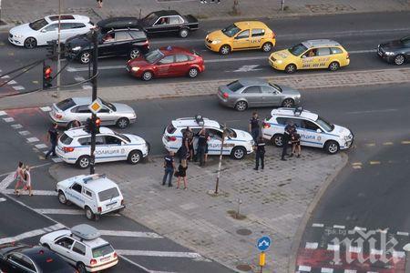БРУТАЛНО: Въоръжена банда от пияни и дрогирани деца троши и бие наред по улиците на Бургас