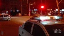 АД НА ПЪТЯ: Тежка катастрофа блокира оживено кръстовище в центъра на Бургас (СНИМКИ)