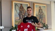 ЦСКА вади тежката артилерия - хвърля Юрич срещу Левски