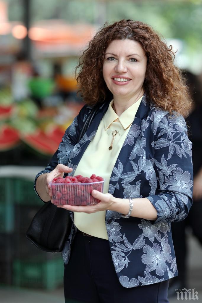 САМО В ПИК! Хванаха Мария Илиева на пазара - взимат я за данъчен