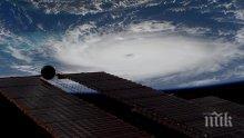 """АПОКАЛИПСИС: Ураганът """"Дориан""""е най-силният, който някога е заплашвал Флорида (ВИДЕО)"""