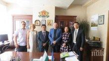 Илиан Тодоров се срещна с китайски бизнесмени с интерес към продукти на минната индустрия