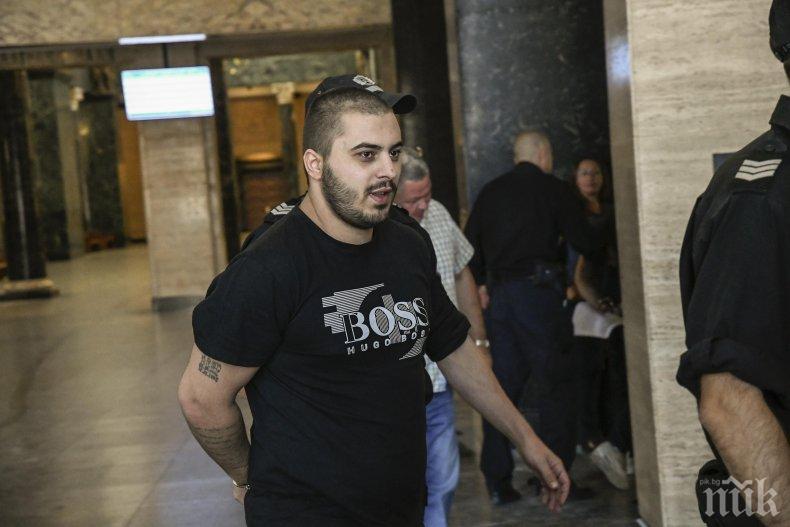 Съдът със заседание по делото срещу сина на Гълъбин Боевски - Пол се споразумя за условна присъда