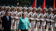 Ангела Меркел е на посещение в Китай