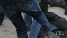 ДИВ ЕКШЪН: Младежи нахлуха посред нощ в дома на Шерифа и го смляха от бой