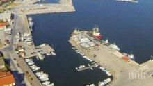 САЩ с интерес към приватизацията на гръцкото пристанище Александруполис
