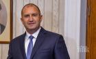 Не се посвени: Румен Радев посегна и на първия учебен ден, за да си прави реклама и нападна Борисов: Очевидно държавата се управлява чрез нечий телефон