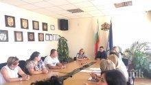 """Илиан Тодоров се срещна със студенти специалност """"Публична администрация"""" в Академията на МВР"""