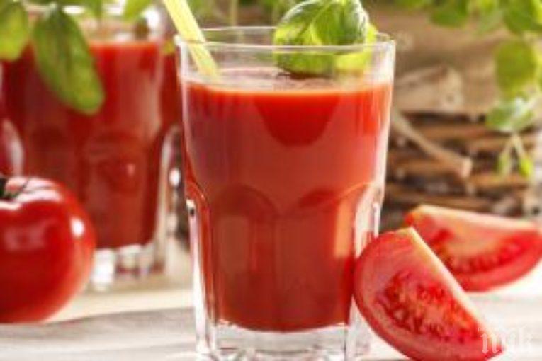 Какво се случва с организма, ако пием редовно доматен сок?