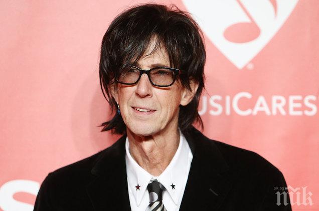 Намериха мъртъв рок звездата Рик Окасек