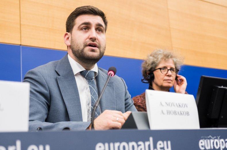 """Гласуват предложението на Андрей Новаков ЕК да изтегли целия пакет """"Мобилност"""""""