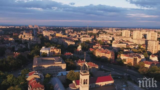Улиците в Пловдив се превърнаха в занаятчийски ателиета