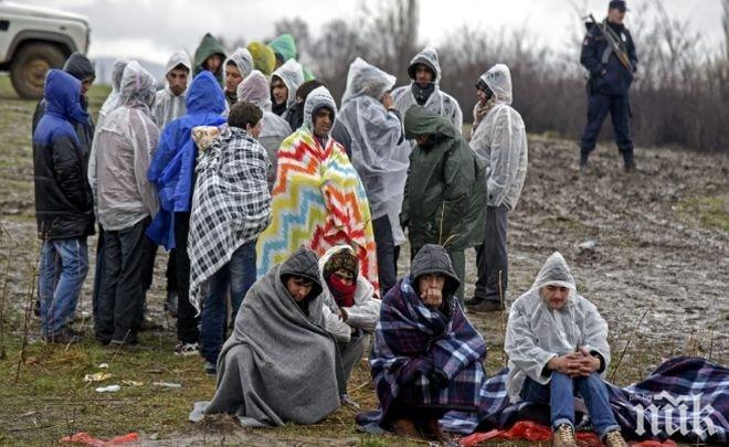 Макрон и Конте ревнаха в един глас: Мигрантите трябва да бъдат разпределяни в ЕС