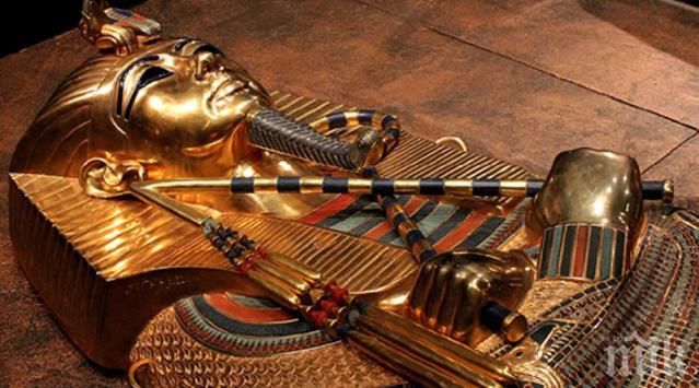 Пръстен доказва, че Тутанкамон е управлявал заедно с извънземни