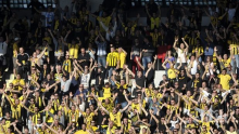 Екшън в Пловдив - фенове накараха футболистите на Ботев да си свалят фланелките