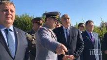 ПЪРВО В ПИК TV! Борисов присъства на клетва на курсанти във Военния университет във Велико Търново (ОБНОВЕНА)