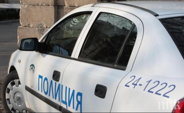 Мъж на 55 г. потроши от бой майка си, арестуват го