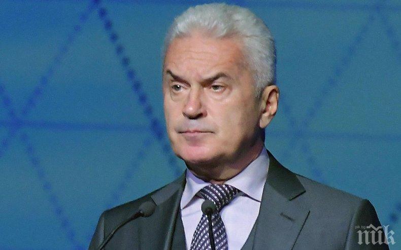 """Волен Сидеров с парещо предсказание: ГЕРБ ще падне от власт в момента, в който стъпчат """"Атака"""". Местният вот е предопределен и предплатен"""