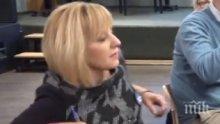 """ДВОЕН СТАНДАРТ: Мая Манолова по-нагла от Сидеров в """"Референдум"""" - скандалната червена кандидатка надвиква водещата, но не я изгониха"""