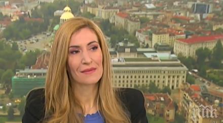 Ангелкова успокоява: Няма данни за още фалити на туроператори