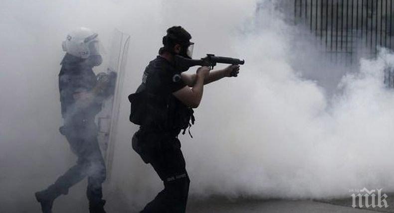 В Боливия полицията използва сълзотворен газ срещу протестиращи след президентските избори